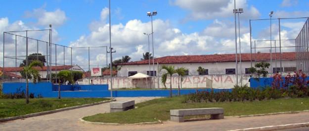 Praça Félix Cahino