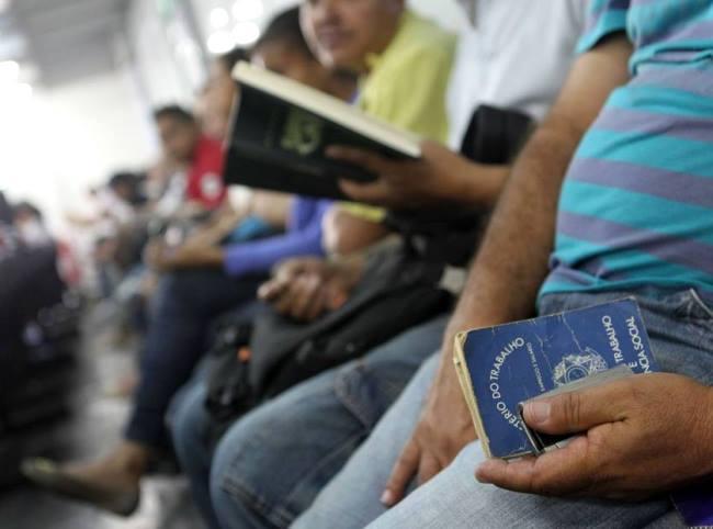 Total de pessoas no estado que não estavam trabalhando, mas procuraram emprego, teve um acréscimo de 30 mil. Foto:  Tiago Queiroz / Estadão